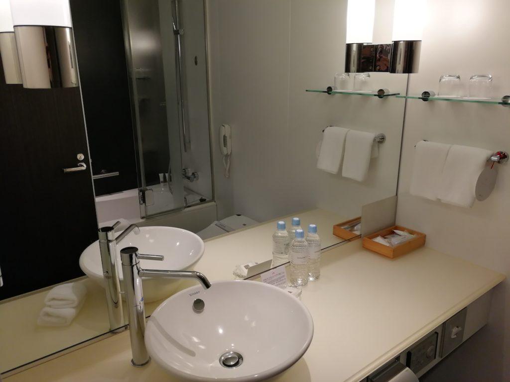 スイスホテル南海大阪のバスルーム1