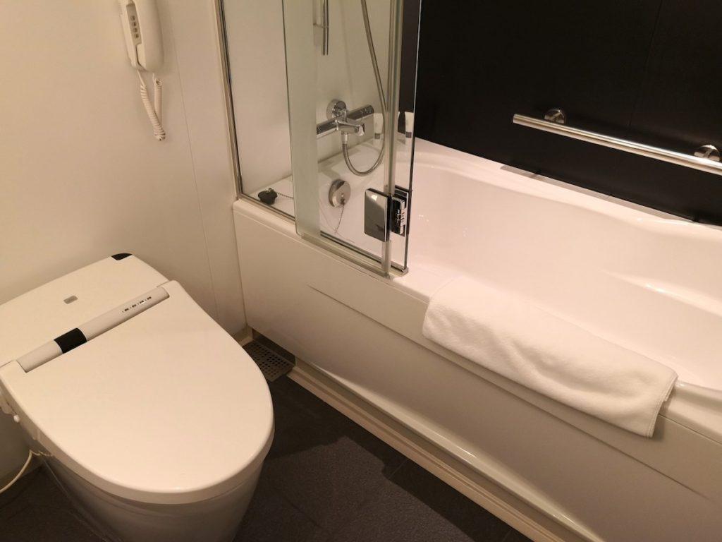 スイスホテル南海大阪のバスルーム2