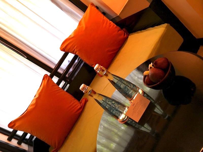ザロイヤルビーチスミニャックホテルの部屋の様子4
