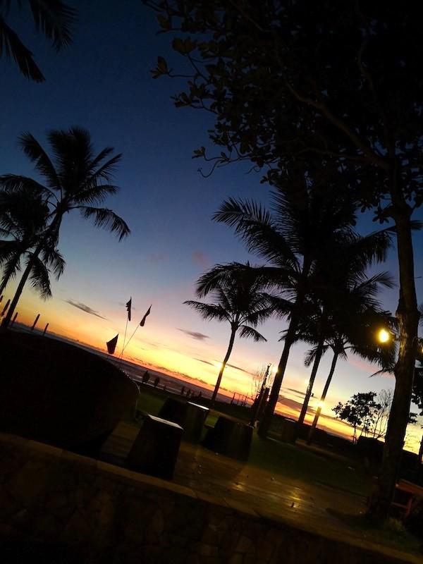 スミニャックビーチの夕焼け