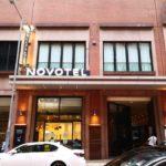 ノボテル香港ネーザンロード九龍のホテル前の様子