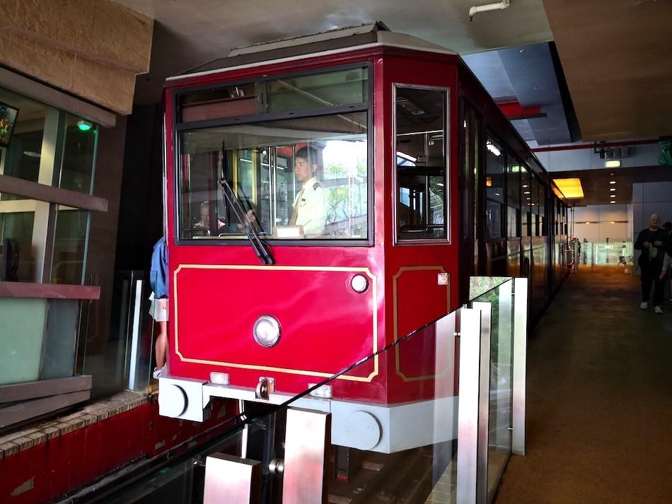 香港ピークトラムの車両