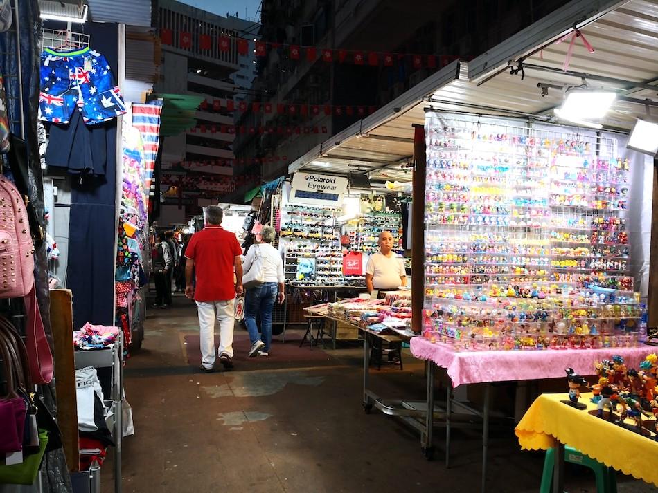 香港男人街の出店の様子2