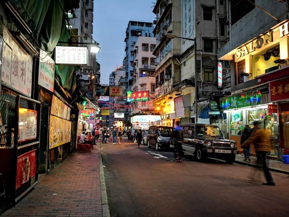 香港男人街の中の様子3