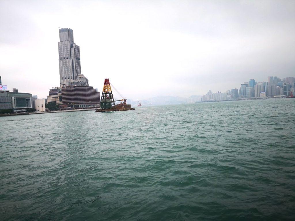 香港スターフェリー船内からの眺め3