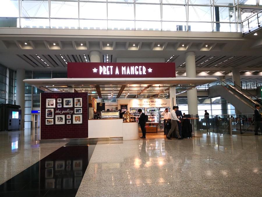 香港国際空港のカフェ