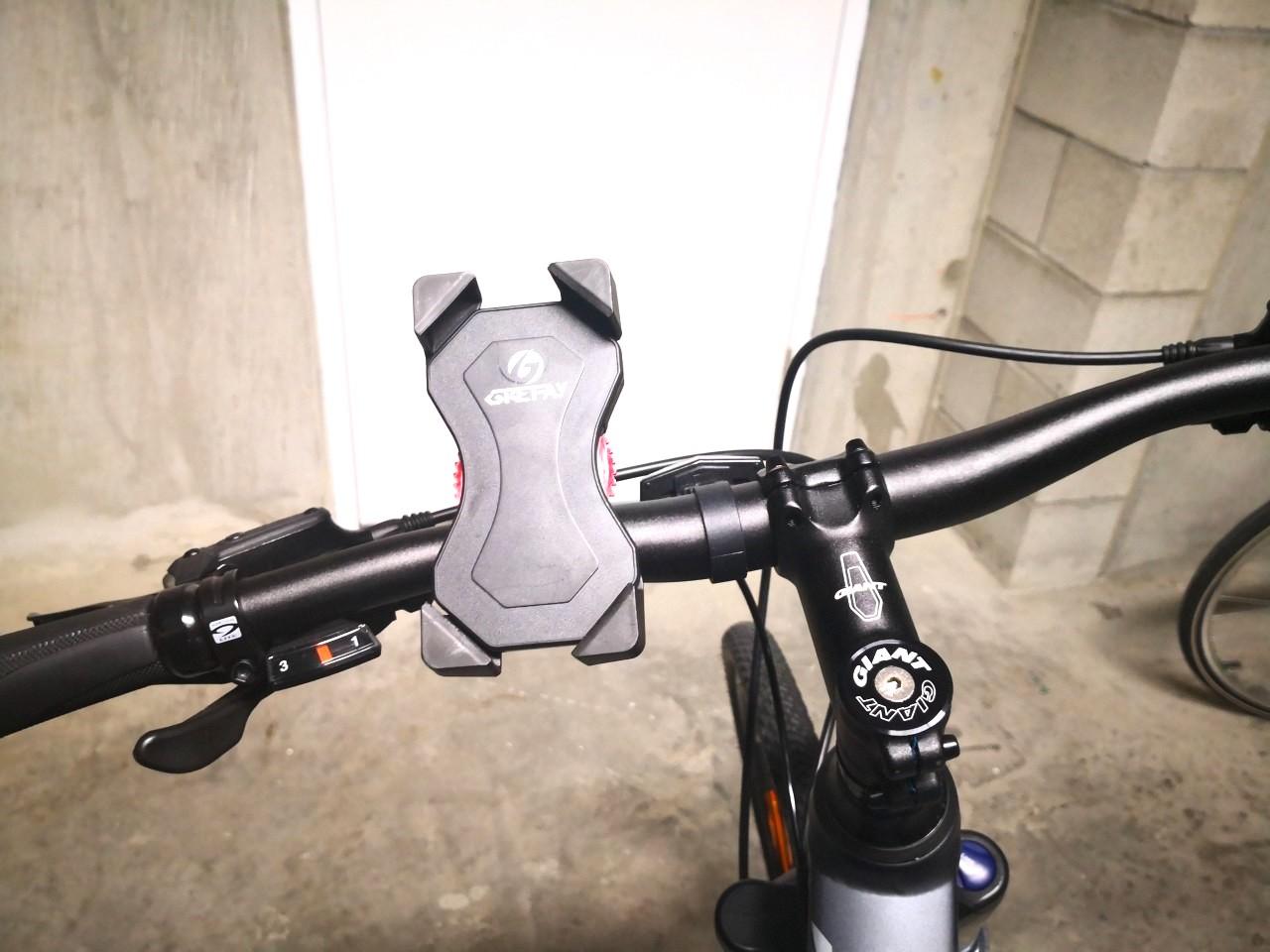 オーストラリアで購入できる自転車用のスマホホルダー